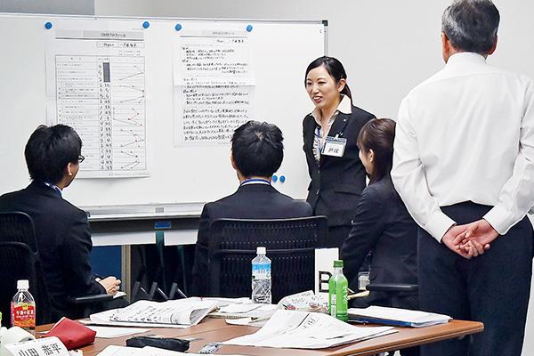 常に新しいことを学び多様な開発に 携われるよう社内研修を受けます。